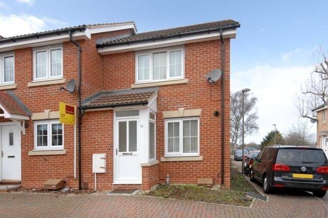 3 bedrooms, newbuild-furnished, porch conservatory, Headington, Professionals Family £1,295 pcm