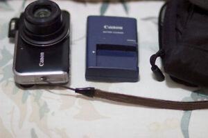 Canon PowerShot SX210IS 14.1 MP Digital Camera HD 720 VIDEO