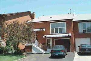 $2200 3BDR 2WSH HOME for RENT by Bathurst and Finch