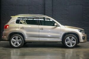 2015 Volkswagen Tiguan 5N MY15 132TSI DSG 4MOTION Champagne 7 Speed Sports Automatic Dual Clutch