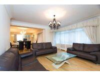 3 bedroom flat in Viceroy Court, 58-74 Prince Albert Road, NW8