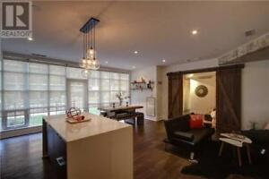 Fully Upgraded,1Bed,2Baths,19 BRANT ST, Toronto
