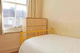 3 bedrooms in Murchinson 116, E106LX, London, United Kingdom