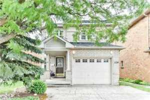 4+1 Bdrm Detached Home, Fully Fin W/O Bsmnt, Hrdwd Flr T/Out