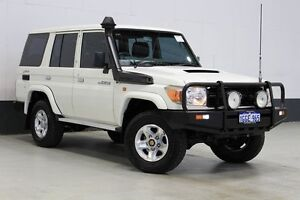 2010 Toyota Landcruiser VDJ76R 09 Upgrade Workmate (4x4) White 5 Speed Manual Wagon Bentley Canning Area Preview