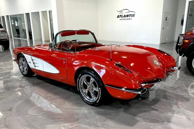 1960 Red Chevrolet Corvette Convertible  | C1 Corvette Photo 4