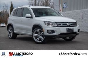 2016 Volkswagen Tiguan Highline R-Line NO ACCIDENTS, AWD!