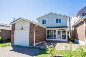 4 Bdrms Detached House,Super Convenient Location In Desired Area
