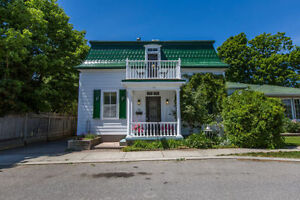 Carleton Place Home For Sale, 3 Bed/3 Bath, Quiet Street