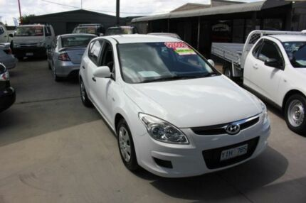 2008 Hyundai i30 FD SX 1.6 CRDi White 4 Speed Automatic Hatchback Mitchell Gungahlin Area Preview
