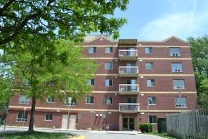 Fanshawe College Apartment - 2 of 3 Rooms Available