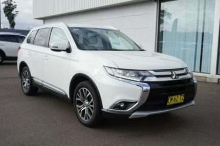 2017 Mitsubishi Outlander ZK MY17 LS 4WD White 6 Speed Constant Variable Wagon Cardiff Lake Macquarie Area Preview
