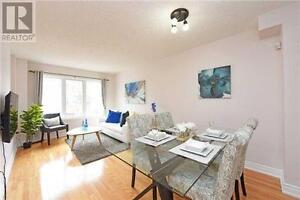 Spectacular Townhome For Rent Near Square One