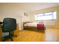 A New Studio flat to Rent in North London / Finchley Central for £254 per week