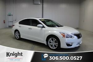 2014 Nissan Altima 3.5 SL Navigation, Moon Roof