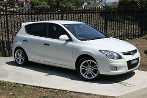 2010 Hyundai i30 FD MY10 SX White 5 Speed Manual Hatchback Wolli Creek Rockdale Area Preview