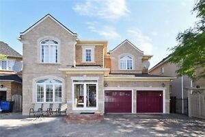 Detached house in Brampton For sale