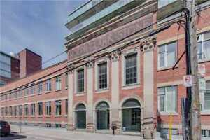 Printing Factory Lofts 2 BED 900+SF, Amazing Unobstructed View!