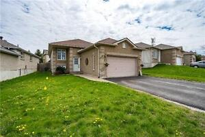Large Updated Home In North Barrie