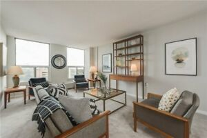 Newly Reno'd Condo Apt W/ 2 Bdrms In Englemount-Lawrence