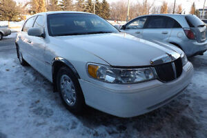 1998 LINCOLN TOWN CAR SIGNATURE TOURING SEDAN