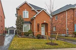 House - For Lease Contact: 416 451 2729