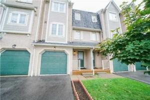 Lovely Family 3BR Townhome In Meadowvale Village Mississauga