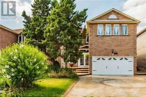 Mississauga dream home for sale- 649 Winterton Way- $999,000