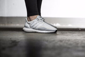WOMENS - Adidas Ultraboost all white - wms sz 7.5 - AF5142