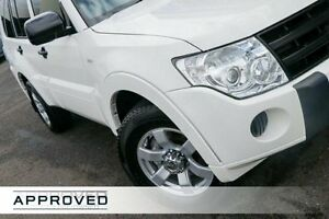 2011 Mitsubishi Pajero NT MY11 GL White 5 Speed Sports Automatic Wagon Brookvale Manly Area Preview