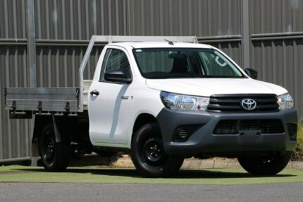 2017 Toyota Hilux TGN121R Workmate 4x2 White 5 Speed Manual Cab Chassis Wantirna South Knox Area Preview