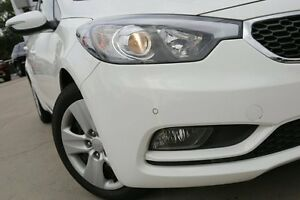 2015 Kia Cerato YD MY15 S White 6 Speed Automatic Hatchback Waitara Hornsby Area Preview
