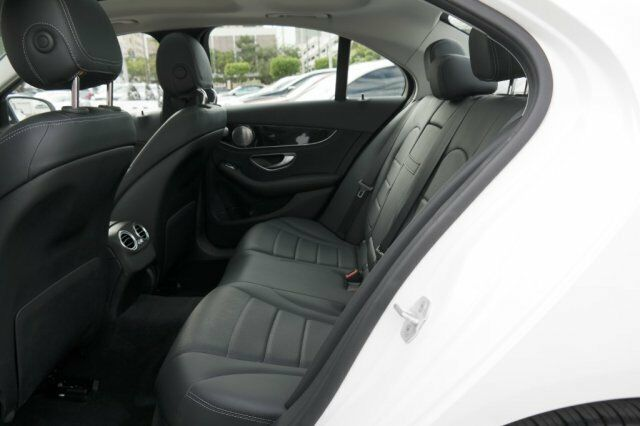 Image 7 Voiture American used Mercedes-Benz C-Class 2016