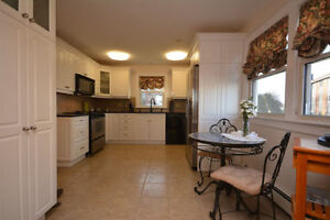 Beautiful North-End Home, Luxury & Spacious Utilities Included!