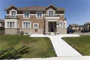 Beautiful Semi with Finished Basement Apt*Clarkway Dr&Castlemore