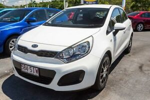 2012 Kia Rio UB MY13 S Clear White 6 Speed Manual Hatchback Underwood Logan Area Preview