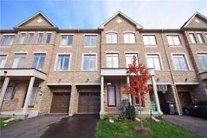 4 Bedrooms Townhouse Home in Mississauga