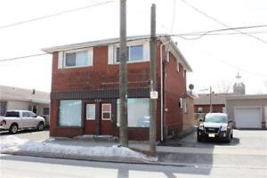 4 Bedroom home with Commercial space