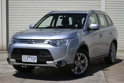 2014 Mitsubishi Outlander ZJ MY14.5 ES 4WD Silver 6 Speed Constant Variable Wagon