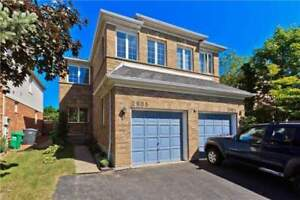 Gorgeous Newly Renovated 4-BR Home In Central Erin Mills Area