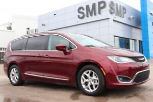 2018 Chrysler Pacifica Touring-L Plus, Leather, Nav, Panoramic S