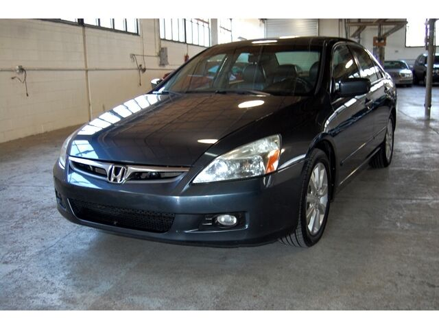 Image 1 of Honda: Accord EX-L Gray
