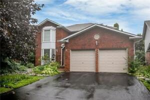 W4241472  -Beautiful 4 Bedroom Family Home Located