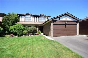 Beautiful 4 Bedroom Detach House In Desirable Location!