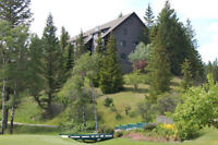 ATTENTION GOLFERS--Vacation rental in Radium Hot Springs, BC