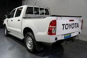 2014 Toyota Hilux KUN26R MY14 SR (4x4) White 5 Speed Automatic Dual Cab Pick-up Woodridge Logan Area Preview