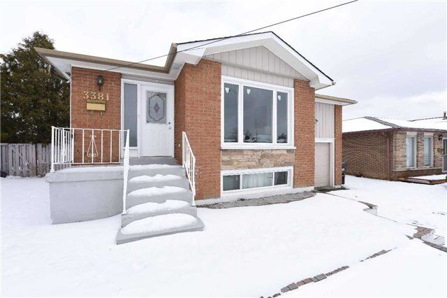 DETACHED HOUSE FOR SALE WITH RENTAL BASEMENT