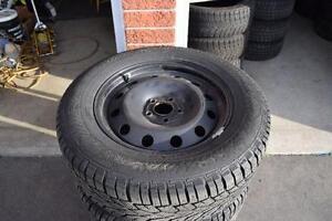 Hyundai Santa Fe 235/65/17 Gislaved Snows On Rims 95% Tread