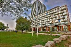 Lovely Condo In Prime Location Of Downtown At Stadium Rd