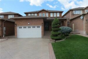 FABULOUS 3 Bedroom Detached House @VAUGHAN $1,198,000 ONLY